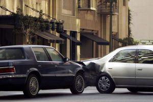 Read more about the article เวลาเกิดอุบัติเหตุต้องทำอะไรเป็นอย่างแรก